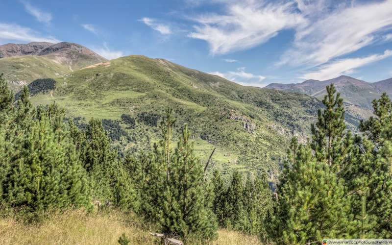 The Puigmal seen from the Collet de les Barraques (Catalan Pyrenees) Free 4K HD Wallpaper