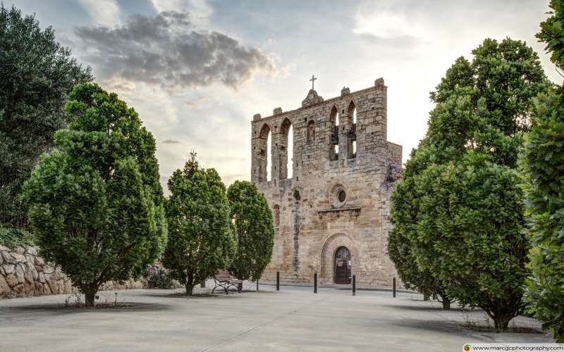 Church of Sant Esteve (Peratallada, Catalonia) Free 4K HD Wallpaper