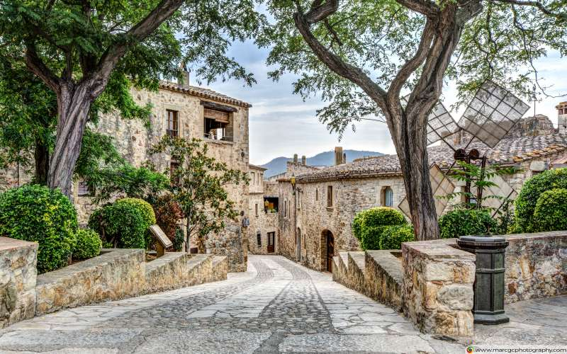 Pals, A Lovely Medieval Village (Catalonia) Free 4K HD Wallpaper